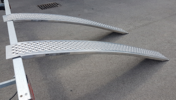 Curved ramps for capacity to 400kg